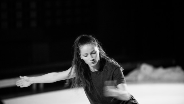 Contemporary dance fusion workshop